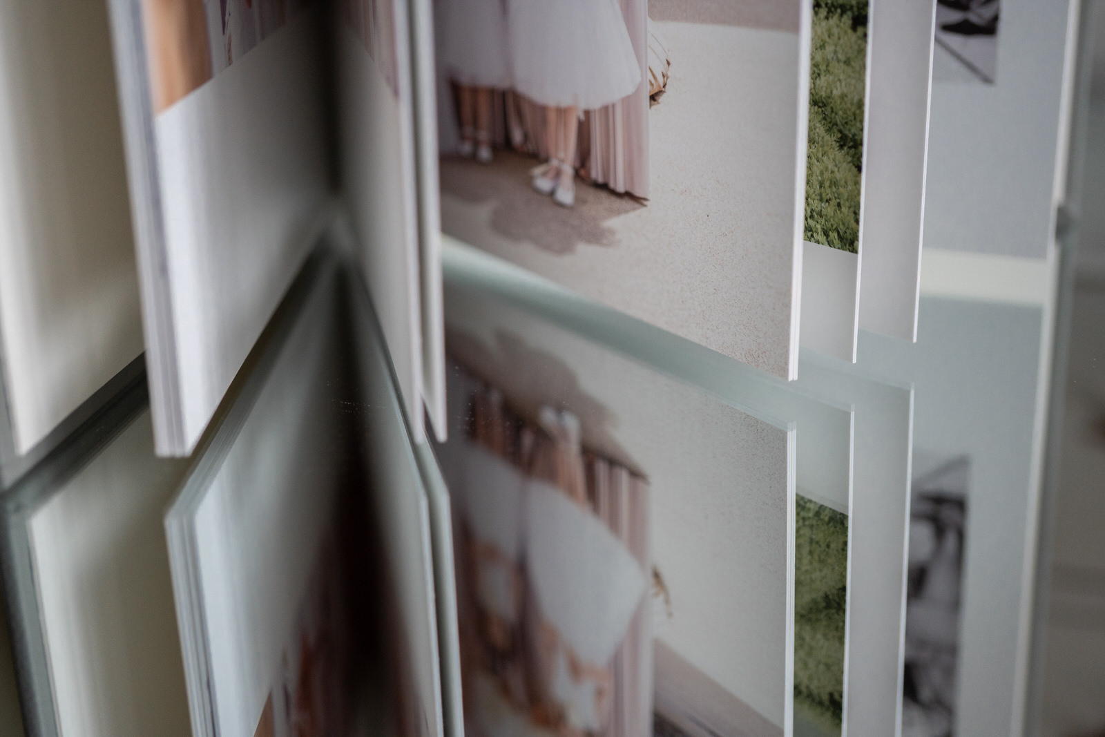 henley-wedding-album-in lustre-paper