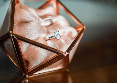 Engagement-and-wedding-ring-in-rosegold-box