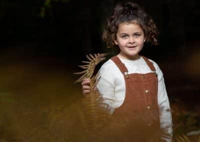 autumn-children-portraits-at-sarratt-woods
