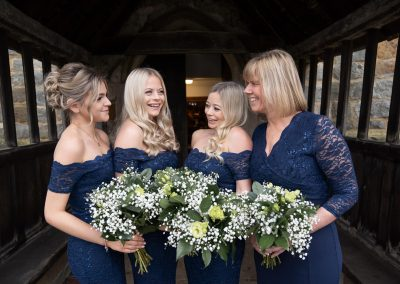 bridesmaids-in-navy-blue-lace-dresses