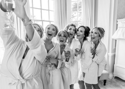 bride-and-bridesmaids-selfie-at-hedsor-house