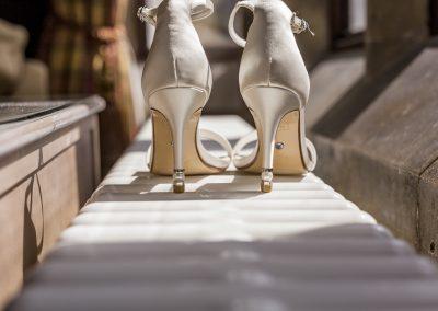 brides-shoes-portrait-at-froyle-park